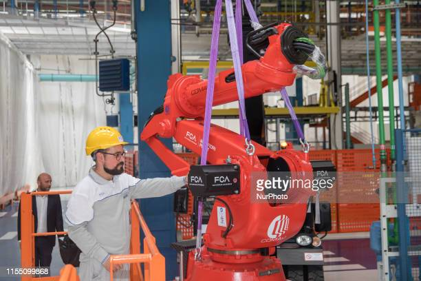 FCA on Thursday installed the first robot of the future electric 500 assembly line in its historic plan of Mirafiori in Turin The prevision is to...