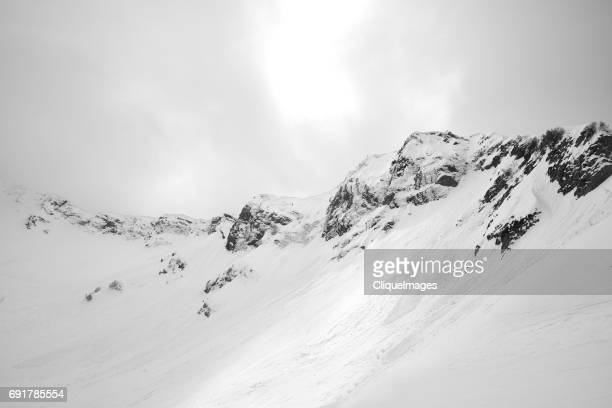 on top of snowy caucasus mountain - cliqueimages stockfoto's en -beelden