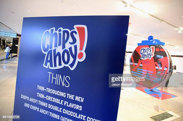 On Wednesday Jan 18 Chips Ahoy THINS cookies unveiled a largerthanlife cookie jar with a super thin twist at the Time Warner Center in New York City...