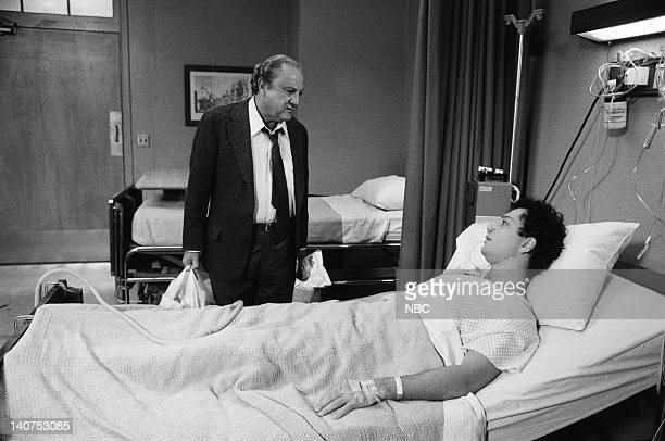 ST ELSEWHERE Once Upon a Mattress Episode 10 Pictured Howie Mandel as Dr Wayne Fiscus Bill Dana as Mr Fiscus Photo by NBCU Photo Bank