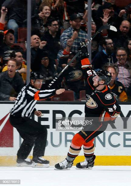 Ondrej Kase of the Anaheim Ducks celebrates his goal in the second period during the game against the Pittsburgh Penguins on January 17 2018 at Honda...