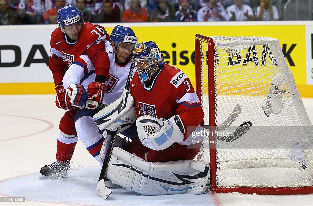 Czech Republic v Slovakia - 2011 IIHF World Championship