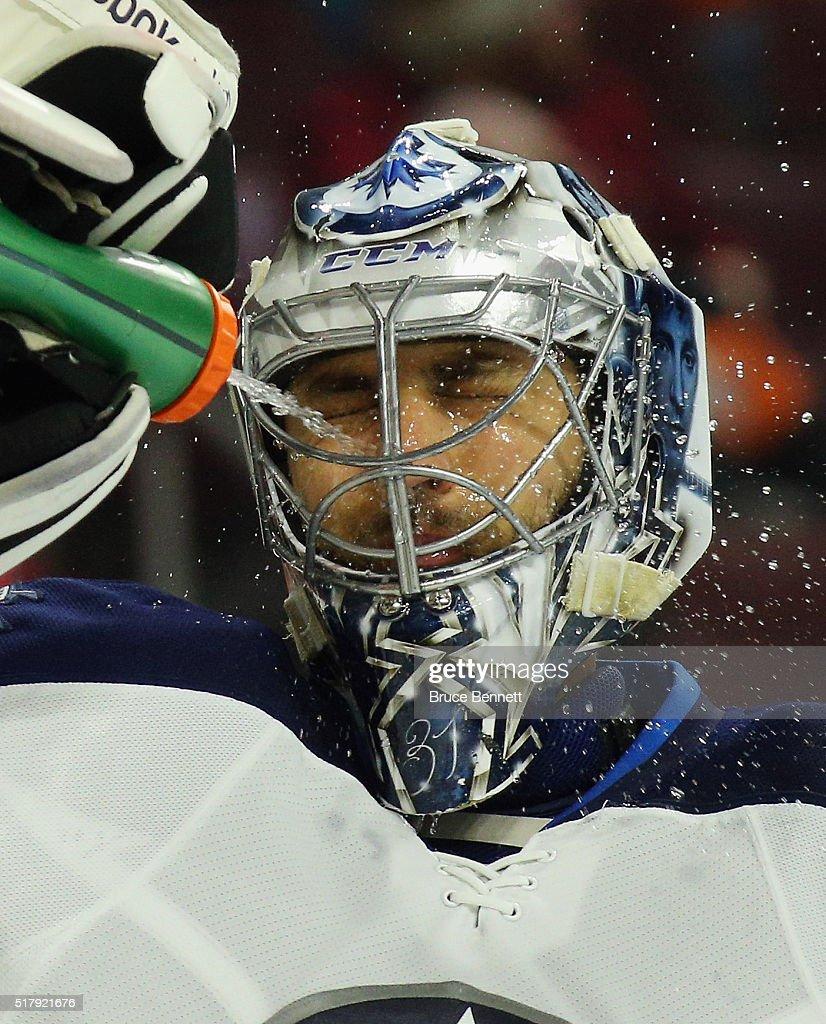 Winnipeg Jets v Philadelphia Flyers : News Photo