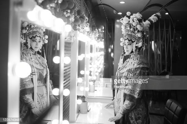 one chinese opera actress in make - actor stock pictures, royalty-free photos & images