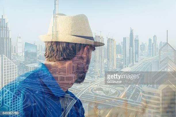 one day i will become somebody in this city! - perzische golfstaten stockfoto's en -beelden