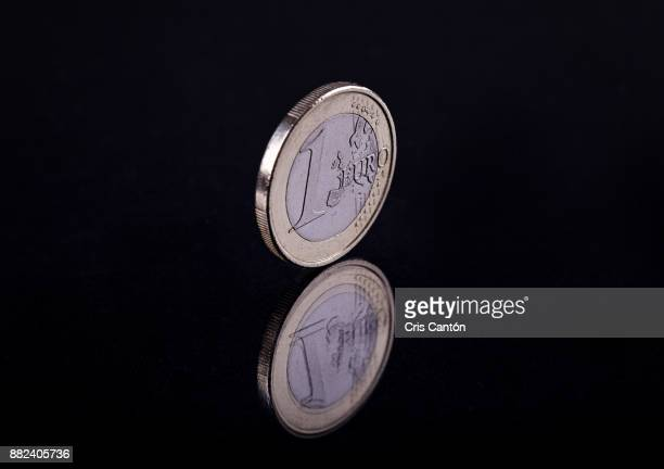 one euro coin - cris cantón photography stock pictures, royalty-free photos & images
