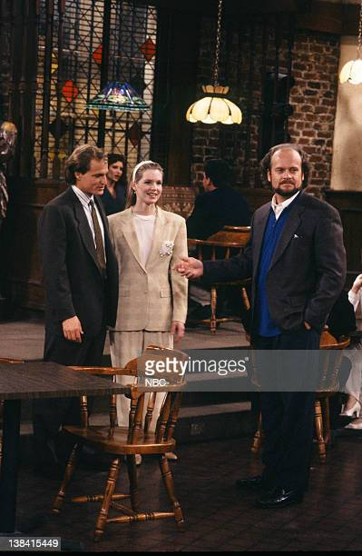 CHEERS One for the Road Episode 25 Air Date Pictured Woody Harrelson as Woody Boyd Jackie Swanson as Kelly Boyd Kelsey Grammer as Dr Frasier Crane