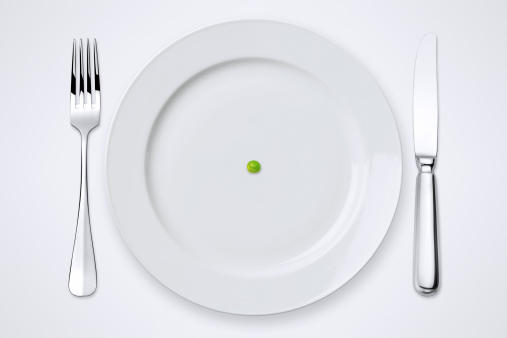 One Green Pea On Plate. Table Setting With Clipping Path. 173240148