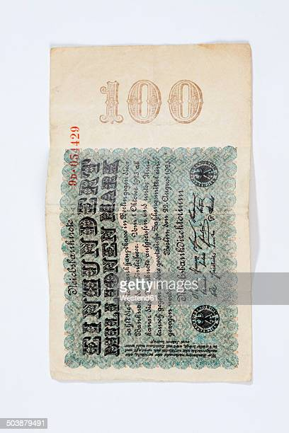 one hundred million german reichsmark note from the 1920s - 金融政策 ストックフォトと画像