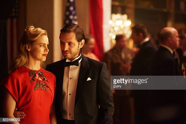 12 MONKEYS One Hundred Years Episode 203 Pictured Amanda Schull as Cassandra Railly Aaron Stanford as James Cole