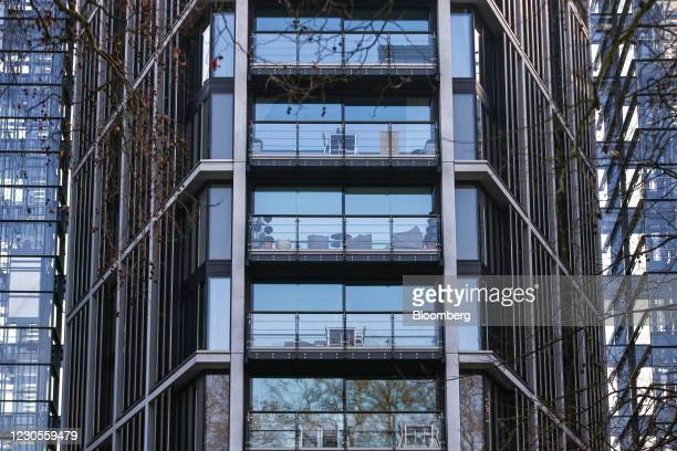 One Hyde Park, a luxury residential and retail complex, in Knightsbridge, London, U.K., on Thursday, Jan. 7, 2021. Persimmon Plc, the U.K.s biggest...