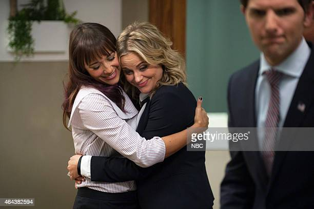 RECREATION One Last Ride Episode 712/713 Pictured Rashida Jones as Ann Perkins Amy Poehler as Leslie Knope