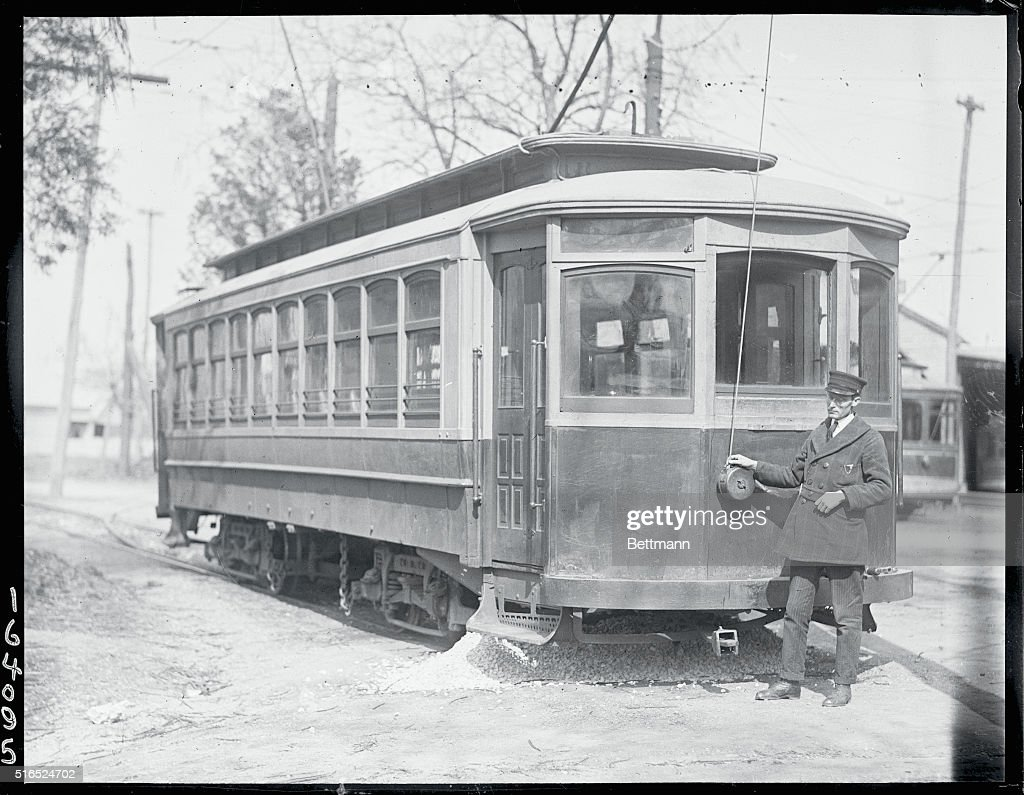 Trolley Line Operator : News Photo