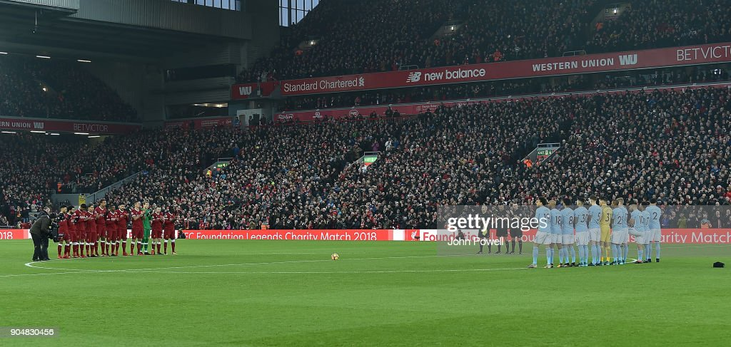 https://media.gettyimages.com/photos/one-minute-clapping-for-the-late-tommy-lawrence-of-liverpool-during-picture-id904830456?k=6&m=904830456&s=594x594&w=0&h=NZ87RkvFwE59Xeq63FQ0YpNNAmIhqkUutlRabprxcj8=