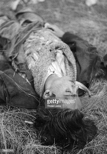 One of 17 volunteers who fell during an attack in the Spanish Civil War He was shot in the head