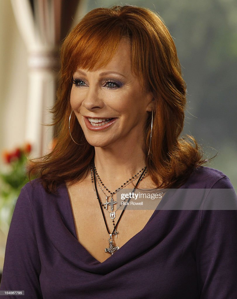 COURIC - One of country music's queens, Reba McEntire, is interviewed by Chris Connelly for 'A Special Edition of 20/20,' ALL ACCESS NASHVILLE WITH KATIE COURIC, airing FRIDAY OCT. 26 (9-10PM, ET) on the ABC Television Network. (Photo by Rick Rowell/ABC via Getty Images) REBA