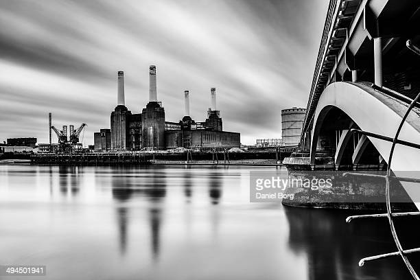 CONTENT] One of Londons most iconic landmarks is Battersea Power Station here is a view of it taken from the north bank of the Thames on a rather...