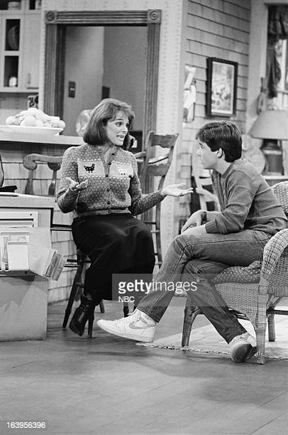 VALERIE One of the Boys Episode 104 Pictured Valerie Harper as Valerie Hogan Jason Bateman as David Hogan