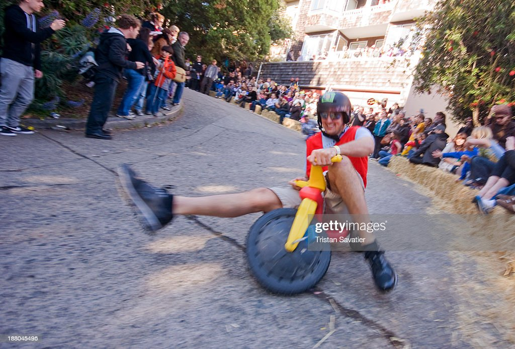 BYOBW - 'Bring Your Own Big Wheel' race : News Photo