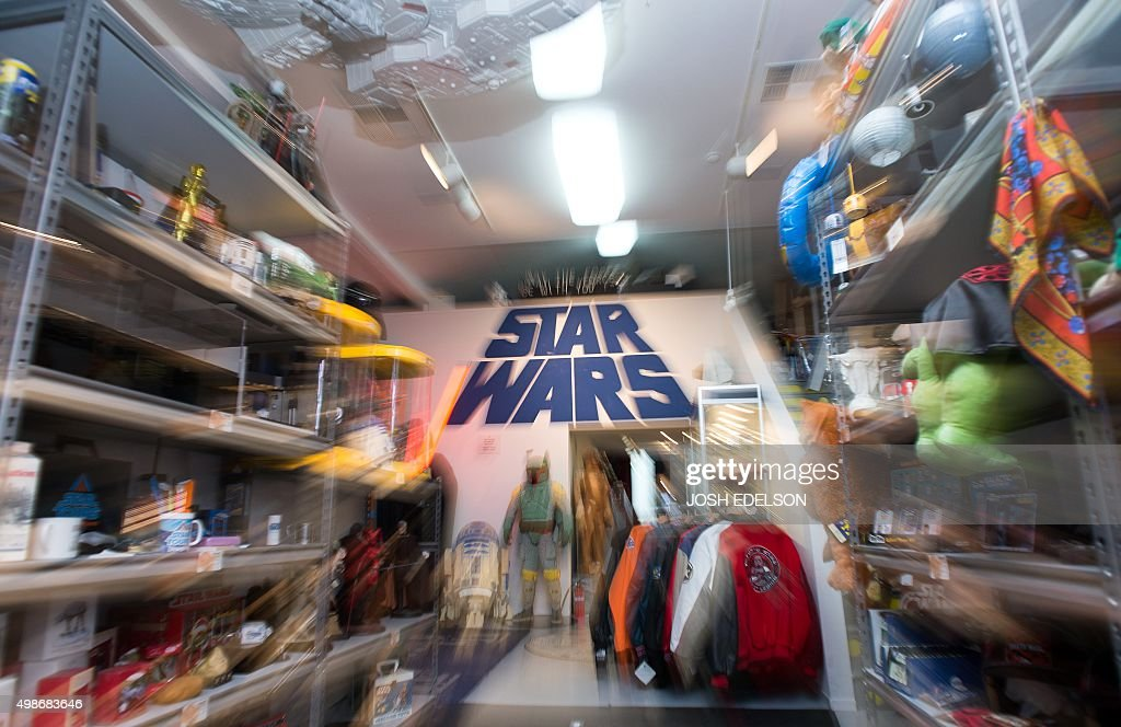 US-ENTERTAINMENT-STAR-WARS-COLLECTION : News Photo