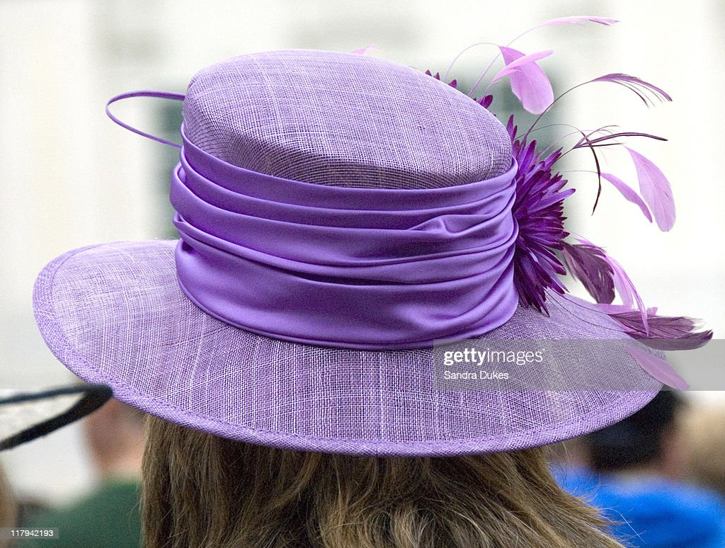 133rd Kentucky Derby - Fashion - May 4, 2007 : News Photo