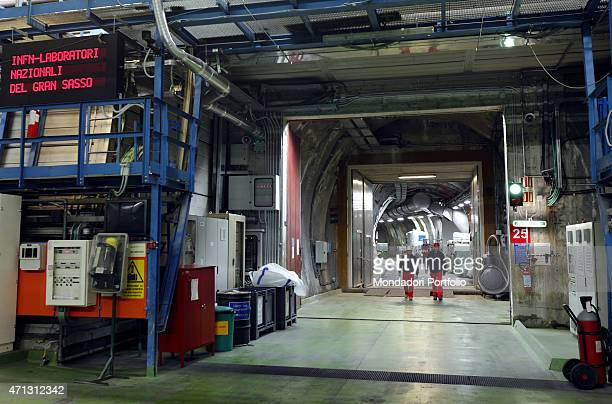 One of the laboratories of the National Institute for Nuclear Physics, which directs experiments on neutrinos in some undergrounds under Gran Sasso....