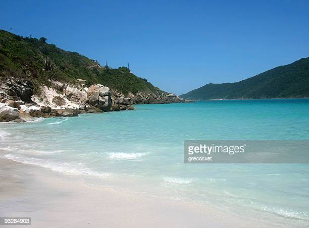 um dos mais bela praia no brasil. - arraial do cabo imagens e fotografias de stock