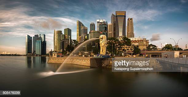 CONTENT] one of the most famous landmark in Singapore Merlion with the group of buildings behind in long exposure effect Singapore