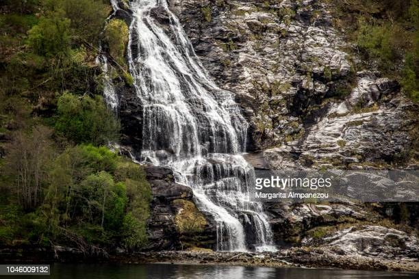 one of the seven sisters waterfall in norway - margarita seven photos et images de collection