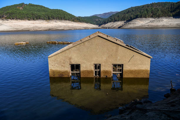 ESP: Aceredo Village, Spain's Submerged Atlantis Resurfaces