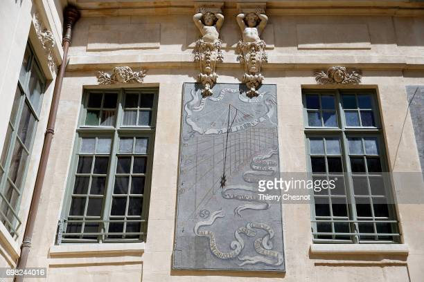 One of the sundial of the Hotel des Ambassadeurs de Hollande is seen on June 13 2017 in Paris France The facades are decorated with sundials painted...