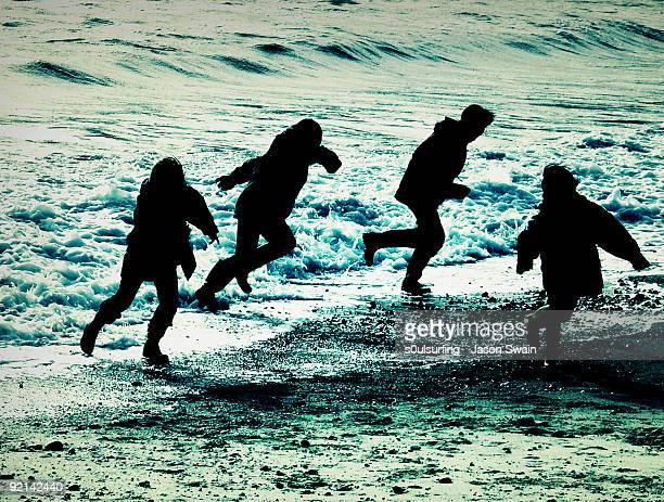 one step beyond - beach fun - s0ulsurfing stockfoto's en -beelden