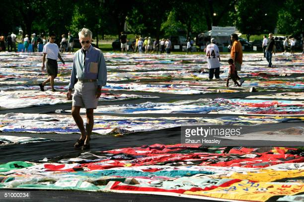 One thousand of the newest blocks of the Aids Memorial Quilt are displayed at the Elipse June 26 2004 in Washington DC Tomorrow will be the last day...
