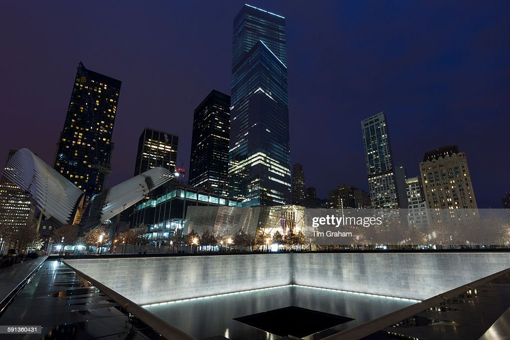 One World Trade Center & Memorial Fountain New York, USA : News Photo