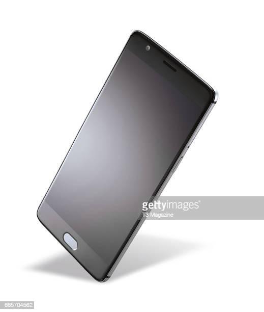 A OnePlus 3 smartphone taken on July 4 2016