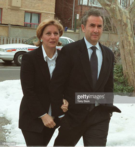 Onex Corp president Gerry Schwartz and his wife Indigo Books president Heather Reisman arriving for the funeral of Al Waxman January 19 2001 TONY...