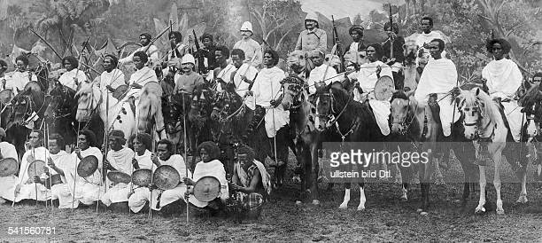 onie Italian Somaliland group pictures of soldiers 1902Vintage property of ullstein bild