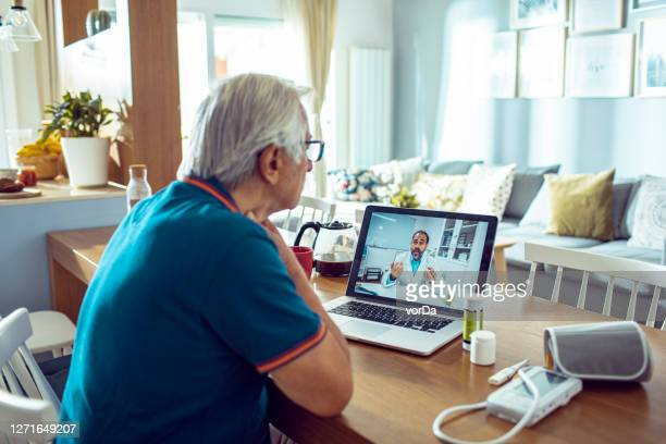 online doctor consultation - telemedicine stock pictures, royalty-free photos & images