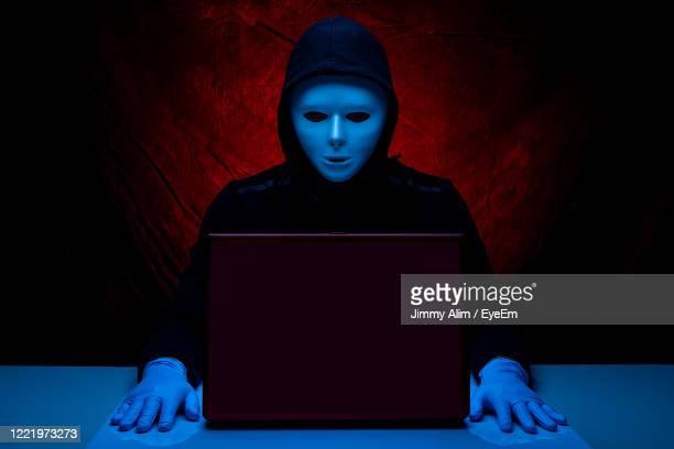 online scammer concept - scammer stock pictures, royalty-free photos & images