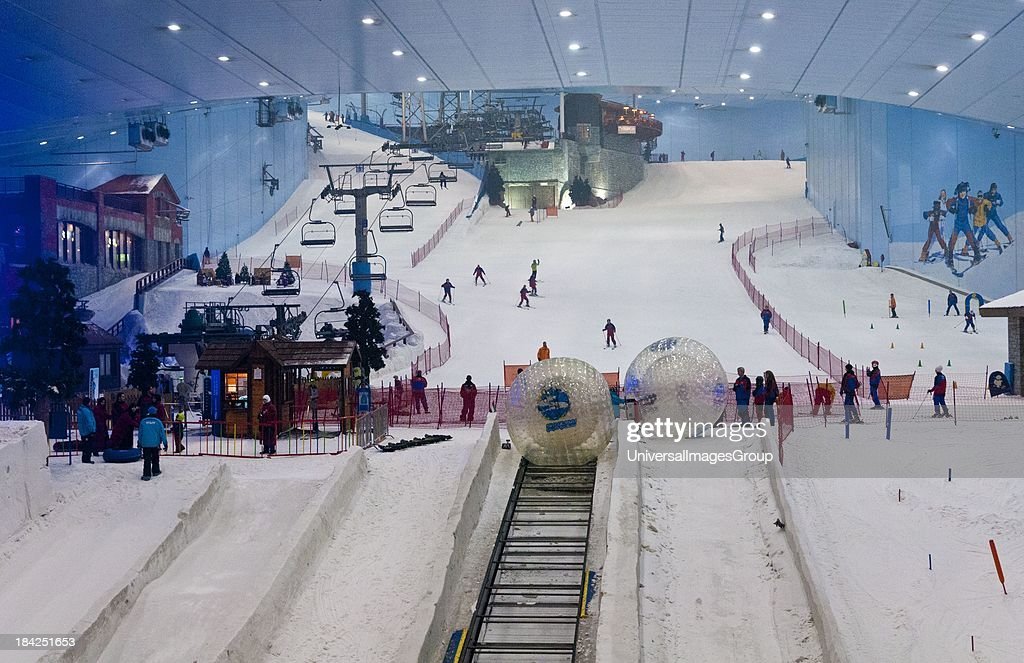 Only Indoor Ski Slope Resort In The World At Mall Of Emirates Dubai