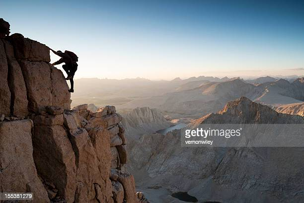 solo - free climbing stock pictures, royalty-free photos & images