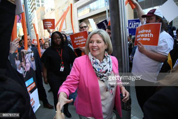 TorontoDebate Supporters NDP Leader Andrea Horwath arrives at the debates while supporters of all parties wait for their leaders in front of City TV...