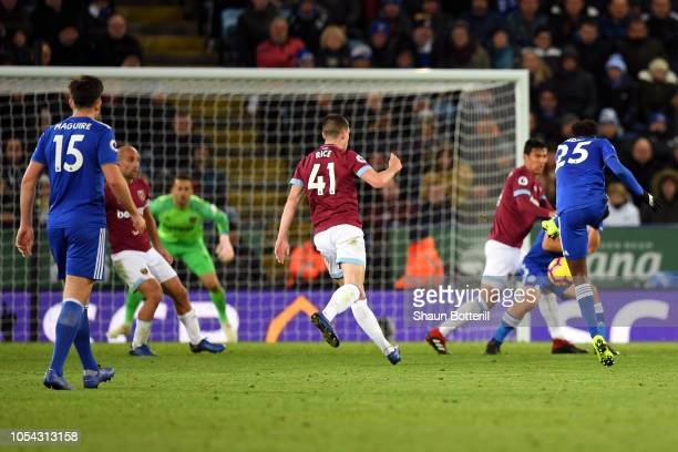 Onyinye Wilfred Ndidi of Leicester City scores his team's first goal during the Premier League match between Leicester City and West Ham United at...