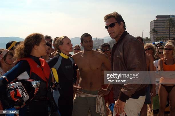 "Oona Devi Liebich, Simone Hanselmann, Statist, Ralf Moeller, , Mallorca/Balearen/Spanien, 2.6.2003, RTL-Film: ""Megalodon - Hai-Alarm auf Mallorca"",..."