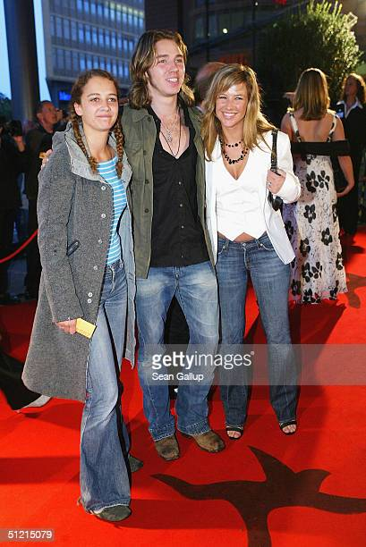 Oona Devi Liebich singer Gil and actress Alexandra Neldel attend the First Steps Awards 2004 Germanlanguage films and commercials made by young and...