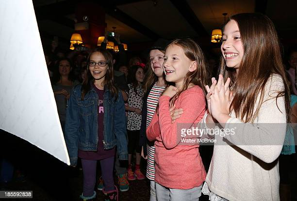 Oona Laurence Milly Shapiro Sophia Gennusa And Bailey Ryon Attend A Surprise Caricature Unveiling For The