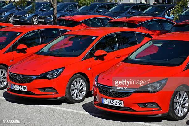Opel Astra auto nel parcheggio