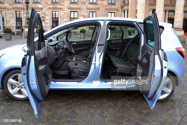 Opel Meriva with opened doors