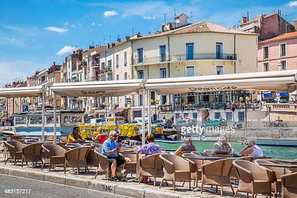 Open air cafe at Canal de Sete
