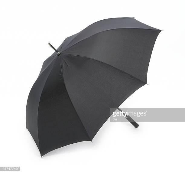 Offene schwarzen Regenschirm isoliert auf weiss